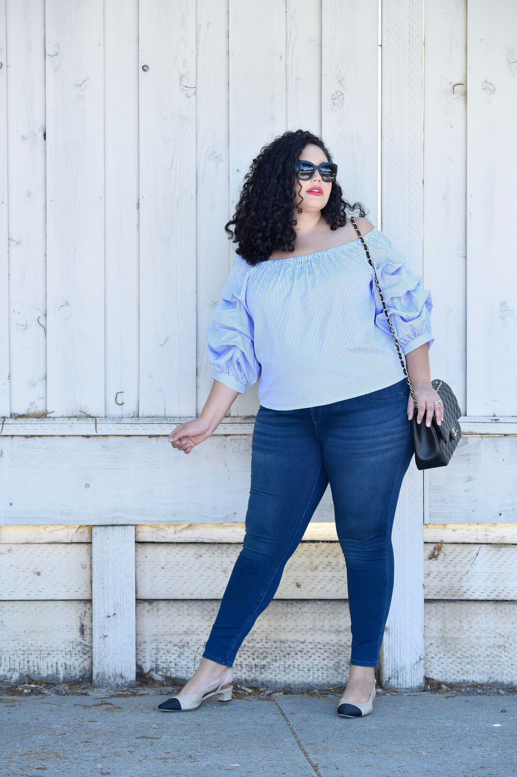 A Casual Outfit Idea That isn't Boring via @GirlWithCurves
