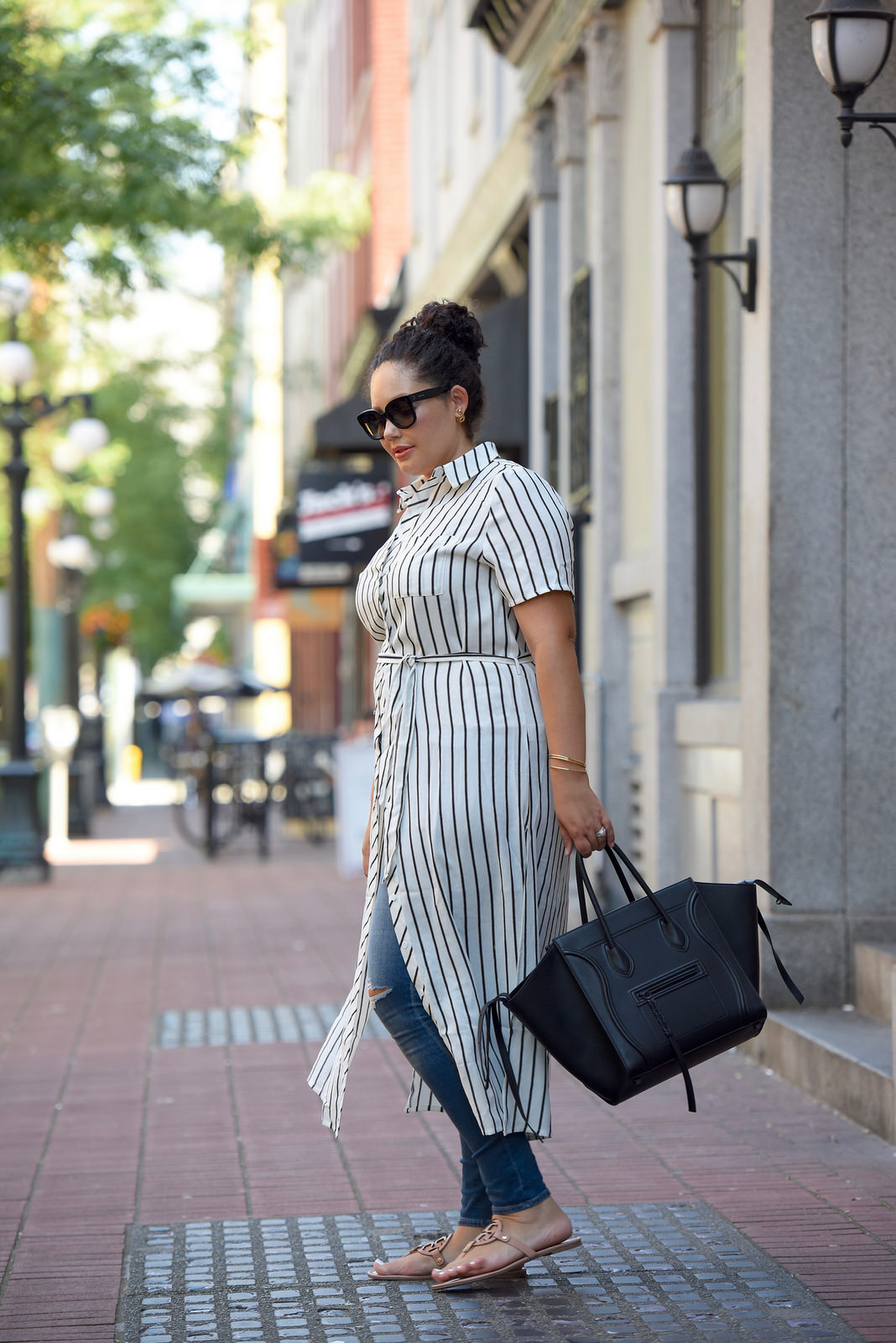 How To Build A Transitional Wardrobe Using Pieces You Already Have Via @GirlWithCurves #style #versatility #outfits #GirlWithCurves #GWCstyle 2