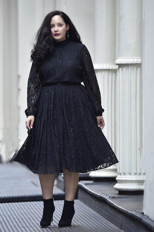 Girl With Curves X Lane Bryant Collection Pleated Lace Dress Via @GirlWithCurves #GWCxLB