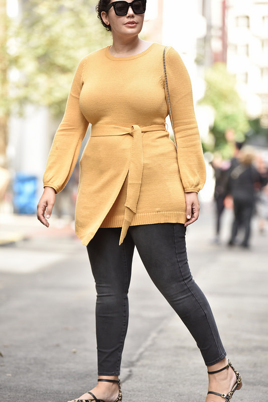 This Fall Outfit Is Made For Curves Via @GirlWithCurves #GWCxLB #yellow #sweater #jeans #skinny #plus #size