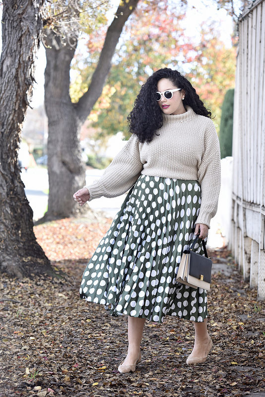 The Pattern Skirt I'm Loving Right Now Via @GirlWithCurves #asos #green #fall #blogger #plussize