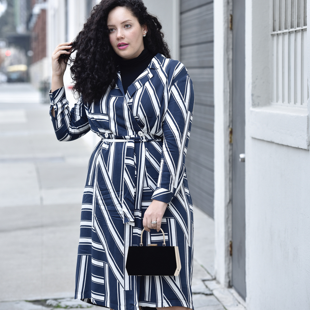 This Is The Wardrobe Must Have I Can't Get Enough Of Via @GirlWithCurves #violeta #shirtdress #worktoevening.