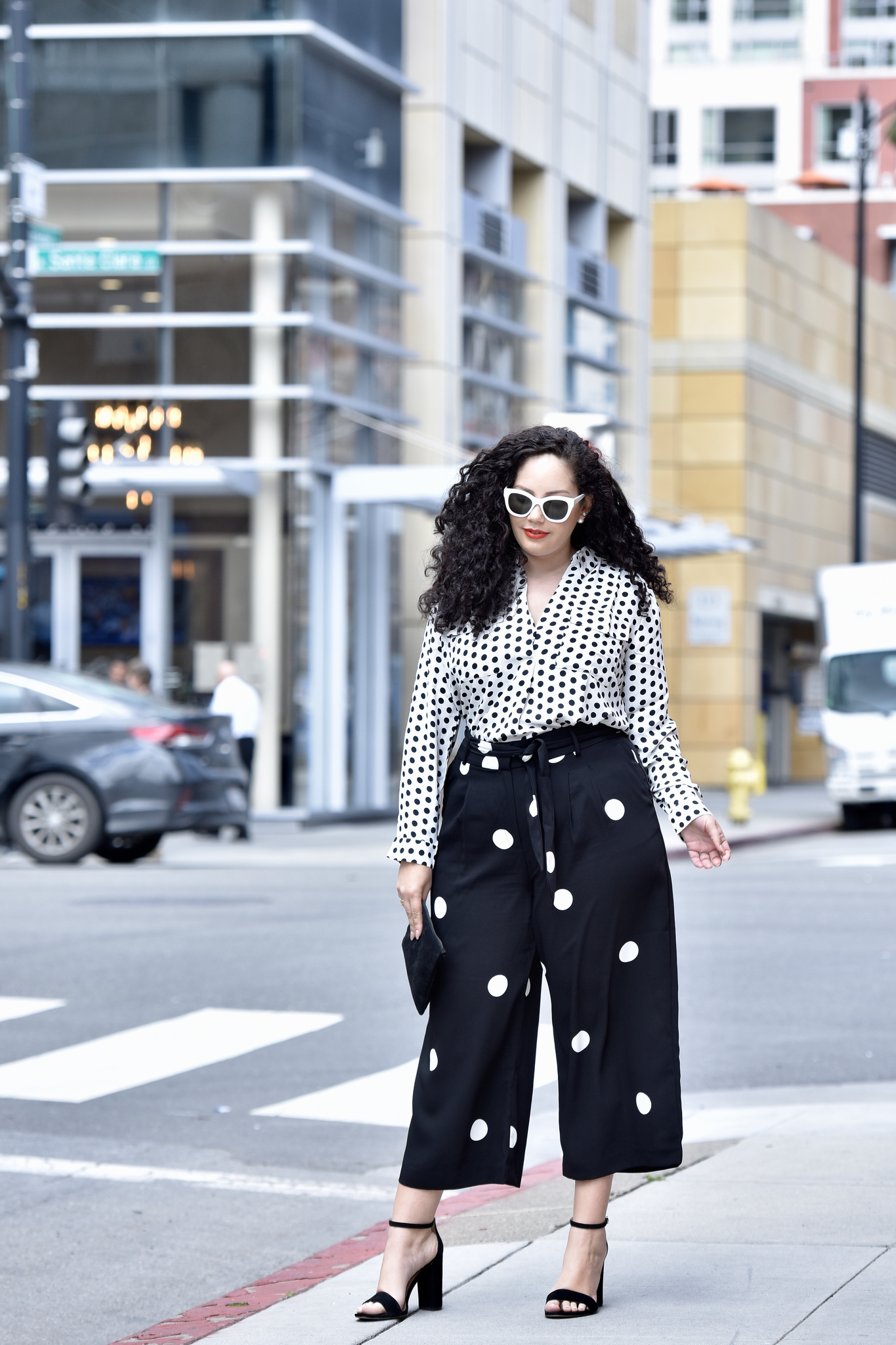 The Polkadot Pieces I'm Loving Right Now Via @GirlWithCurves #outfits #style #fashion #plussize #anntaylor