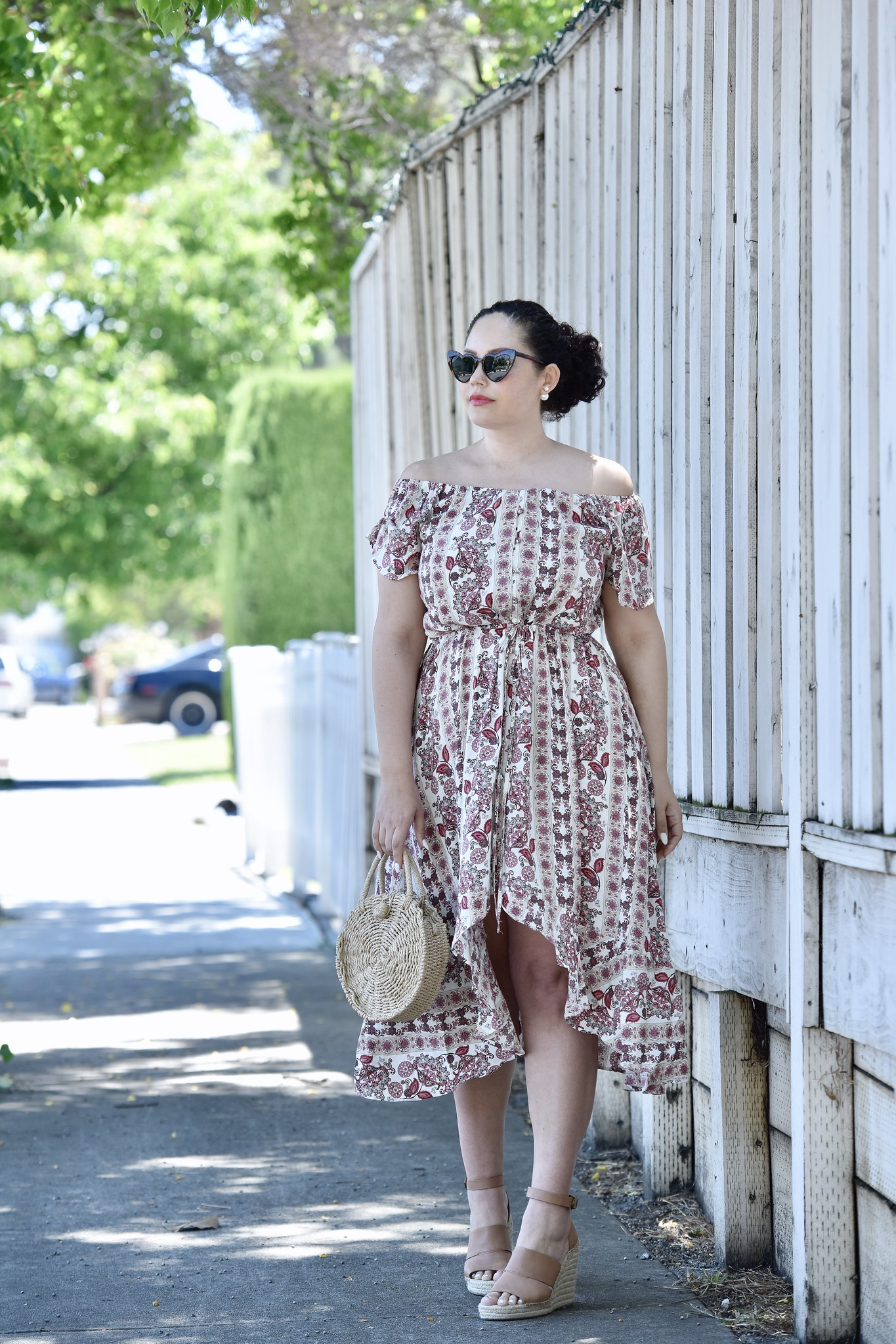 This $22 Dress is a Must-Have via @GirlWithCurves #dress #budget #walmart #plussize #style #fashion #floral