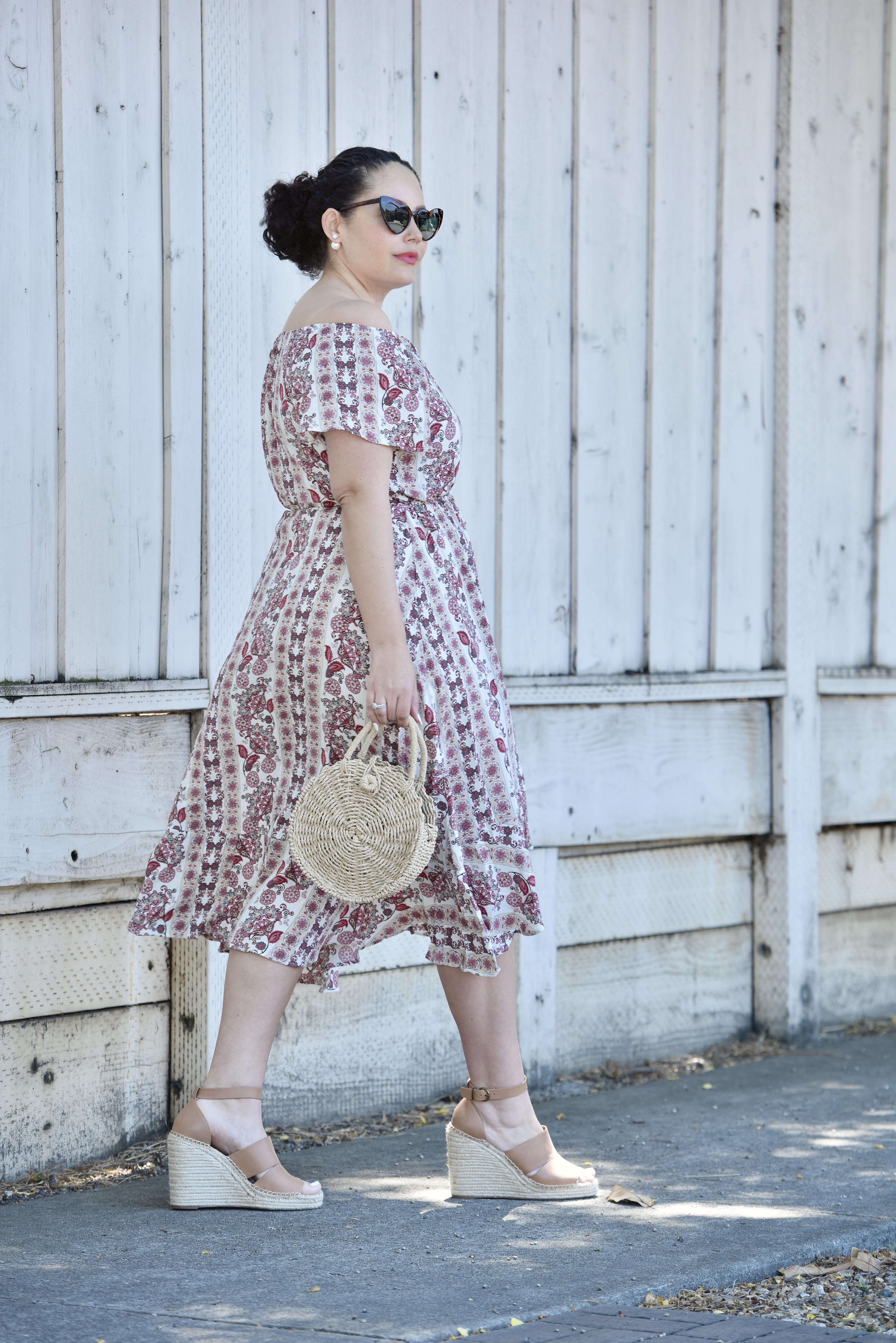 3 Espadrille Styles to Wear Right Now via @GirlWithCurves #shoes #summer
