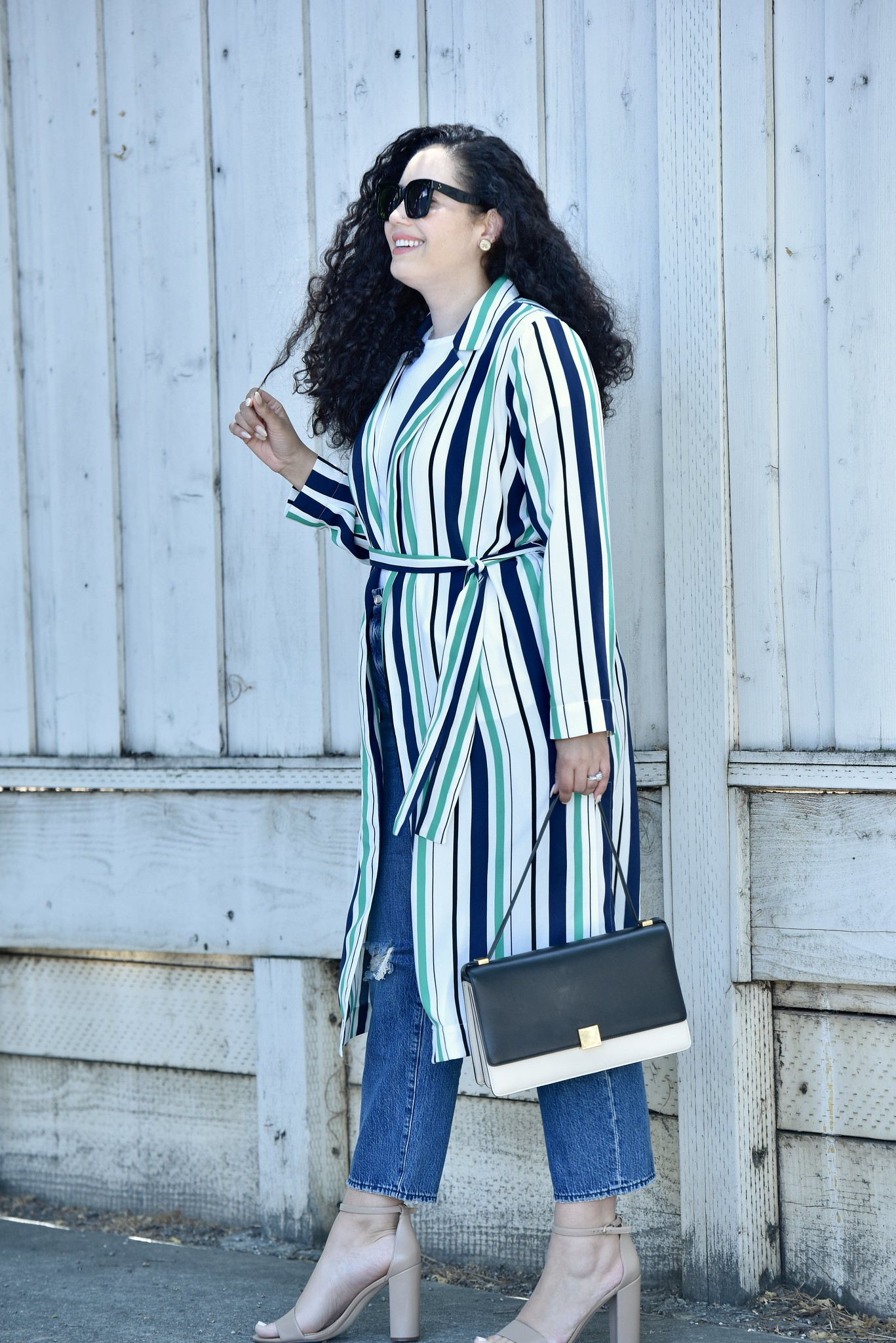 Wardrobe Must-Have- Soft, Summer Duster via @GirlWithCurves #boyfriend #jeans #trench #summer #stripes.