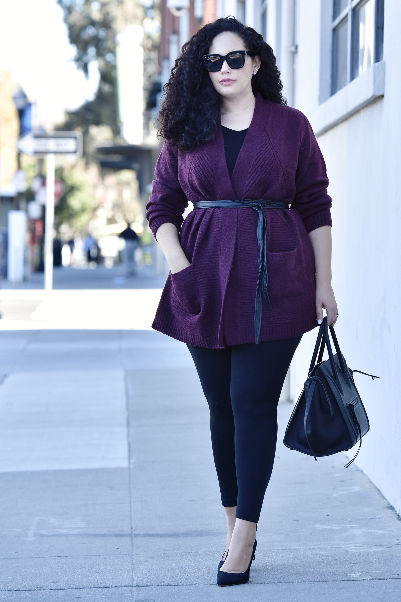 5 Ways to Style Leggings for Fall via Girl With Curves #plussize #fall #outfits #curvy #tanesha