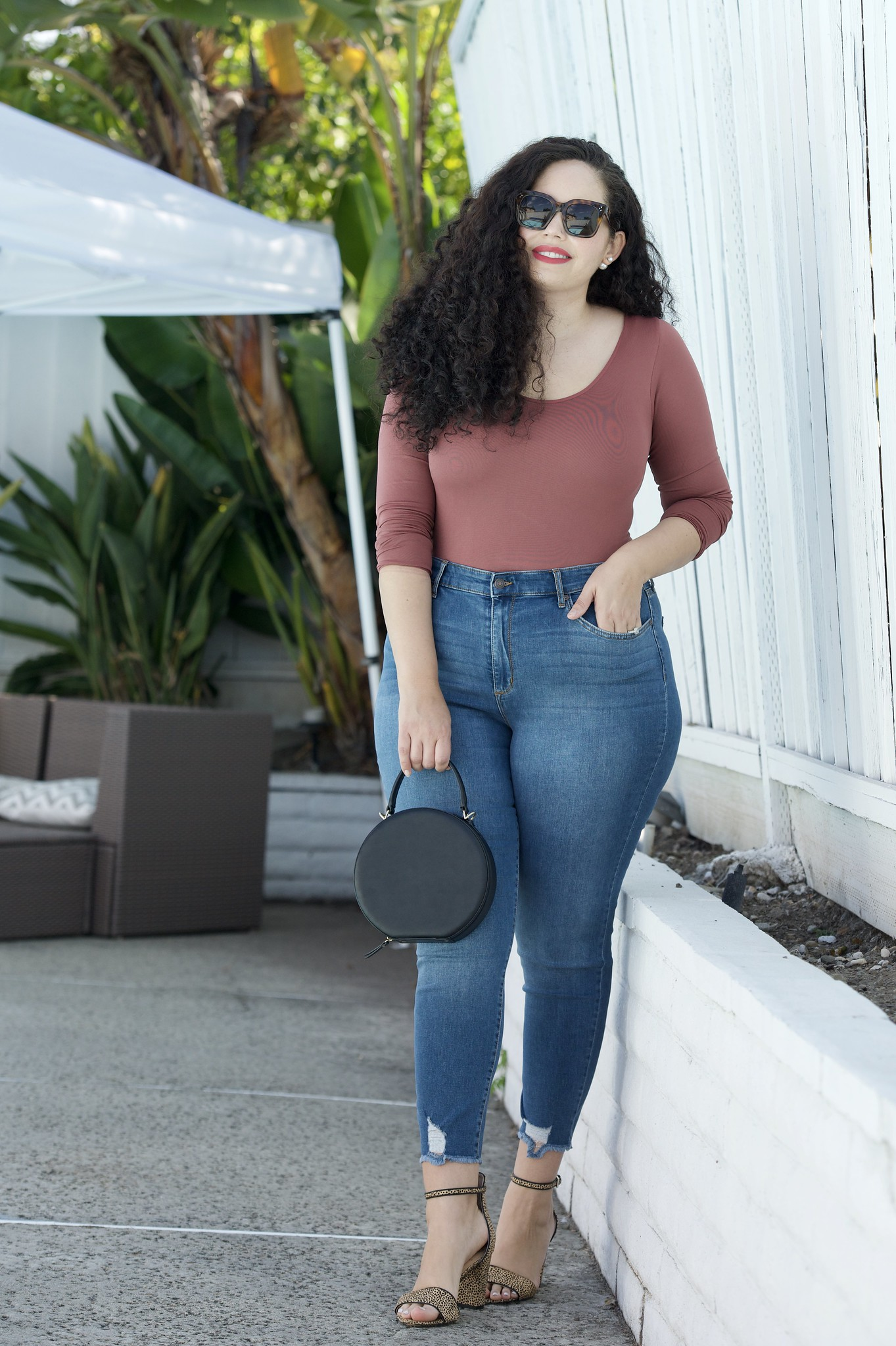These are the Best Curvy Fit Jeans under $25 | Girl With Curves